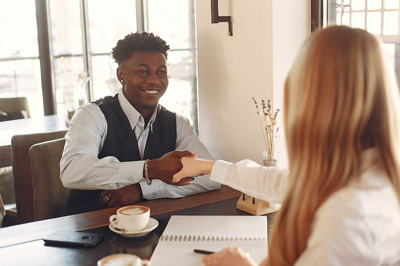 How Do You Prepare For Commercial Consulting Case Interviews?
